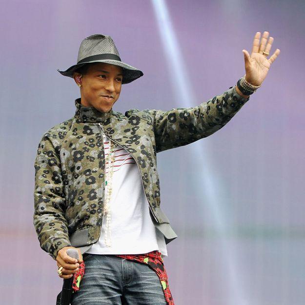 Pharrell Williams fait de l'art avec des Stan Smith