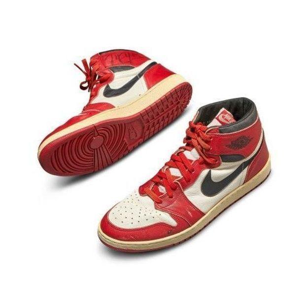 Une paire de basket Air Jordan 1 vendue plus d'un demi