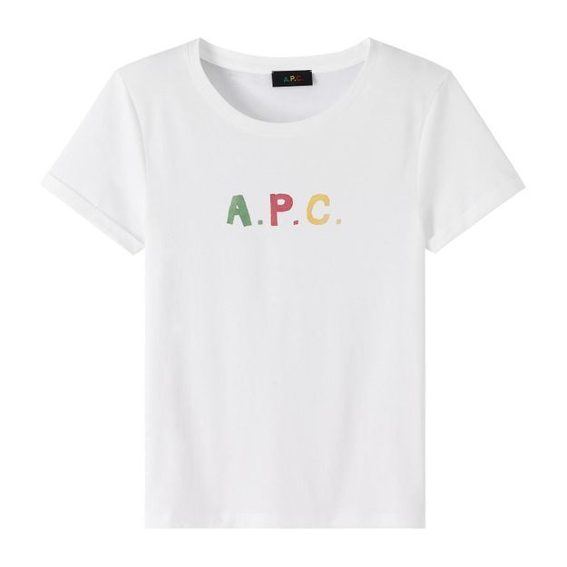 L'instant mode : A.P.C. dévoile sa collection capsule en collaboration avec Jessica Ogden