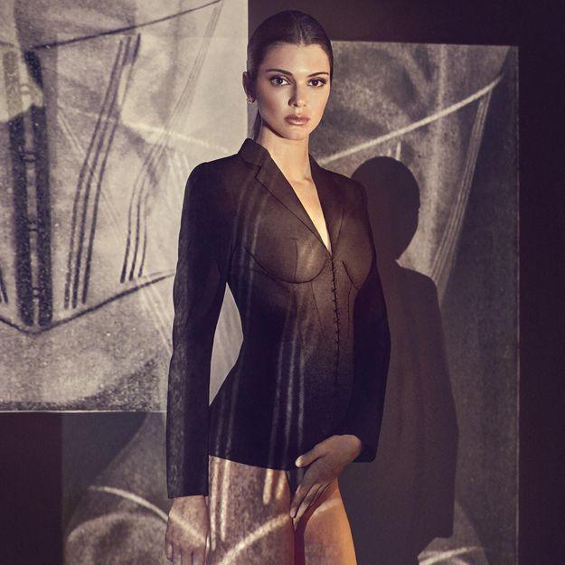 L'instant mode : Kendall Jenner prend la pose pour La Perla