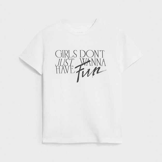 L'instant mode : les tee-shirts engagés pour les droits des femmes