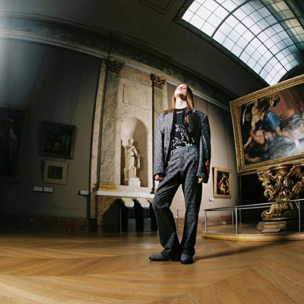 Off-White c/o Virgil Abloh et le musée du Louvre imaginent une collection capsule historique