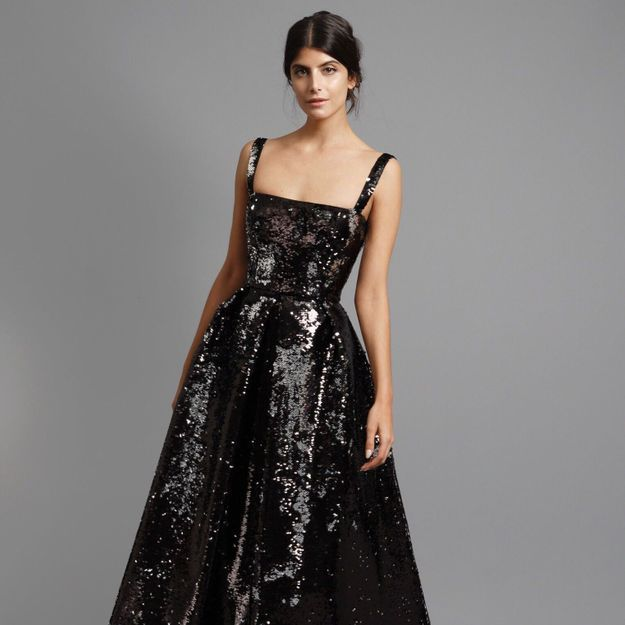 6d2f2daee69 On devient créatrice de sa robe pour les fêtes ! - Elle