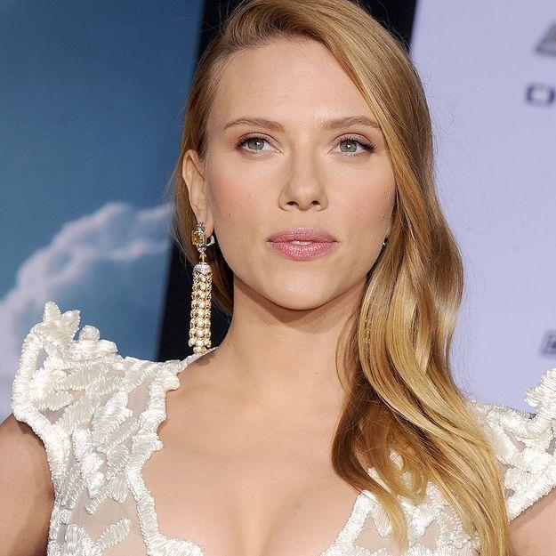 Affaire Woody Allen : Scarlett Johansson réagit aux accusations