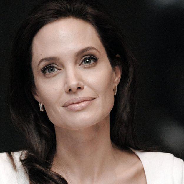 Angelina Jolie: une brigade internet pour protéger ses enfants
