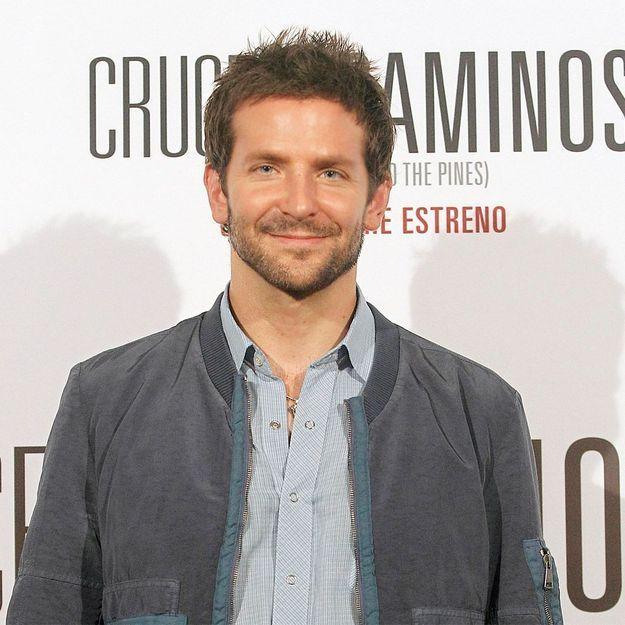 Bradley Cooper, incognito à sa réunion d'anciens élèves