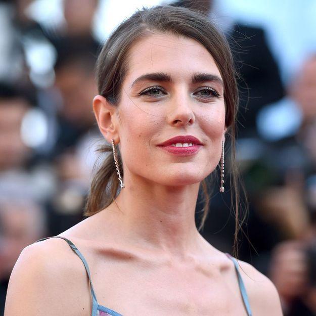 Charlotte Casiraghi dénonce les paparazzi qui la « scrutent dans sa vie intime »
