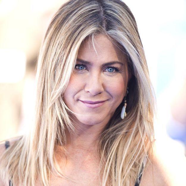 Jennifer Aniston parle de l'humiliation de son divorce avec Brad Pitt