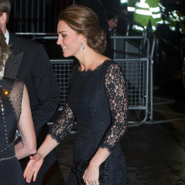 Kate Middleton : de sortie à Londres, son ventre s'arrondit !