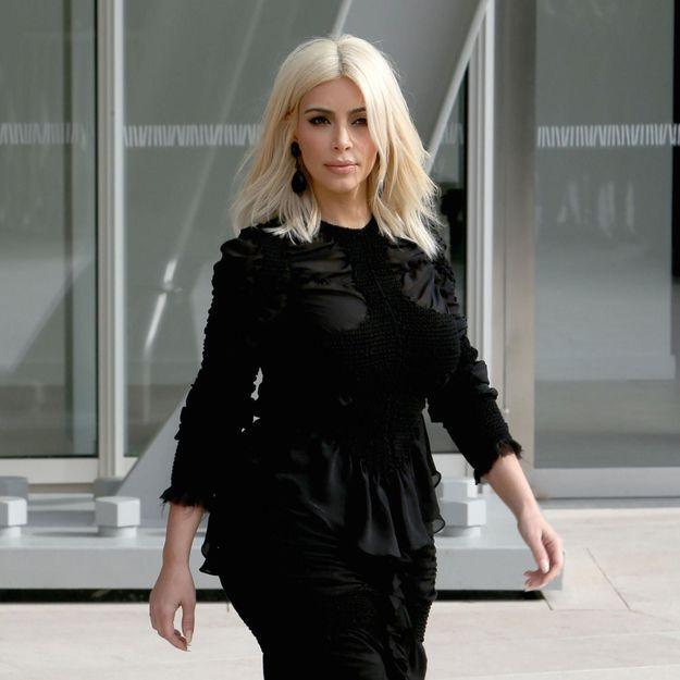 Kim Kardashian se prend pour la Reine des Neiges