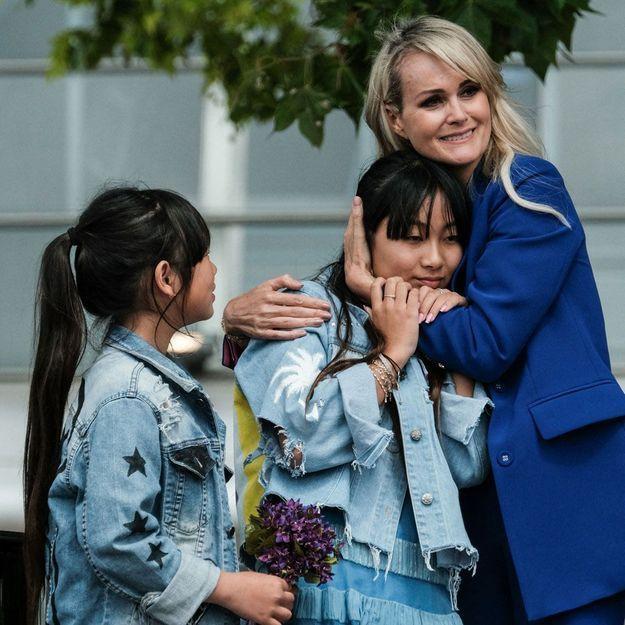 Laeticia Hallyday « fière » : sa fille aînée Jade fête son premier bal de promo à Los Angeles