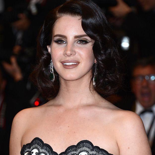Lana Del Rey atteinte d'une mystérieuse maladie