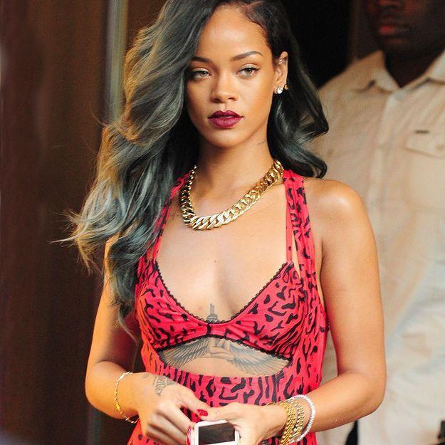 Le piercing de dent de Rihanna, nouvelle tendance?