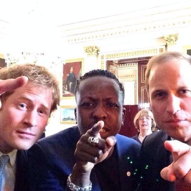 Le selfie princier d'Harry et William qui fait le buzz