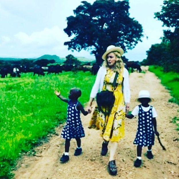 Madonna : le père des jumelles qu'elle a adoptées affirme ne pas avoir été informé de l'adoption