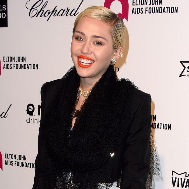 Miley Cyrus amoureuse d'un Ange Victoria's Secret ?