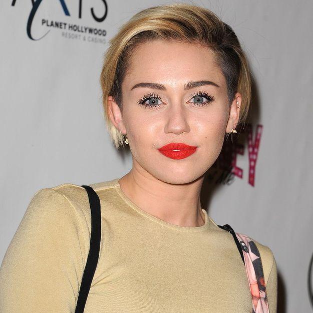 Miley Cyrus dément avoir attaqué Beyoncé