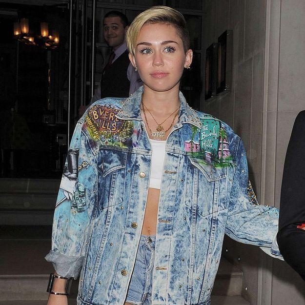 Miley Cyrus digère mal la nouvelle relation de son ex-fiancé