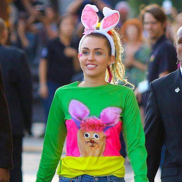 Miley Cyrus révèle être célibataire et « pansexuelle »