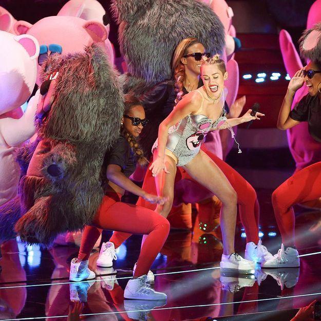 Miley Cyrus privée de couverture par Anna Wintour