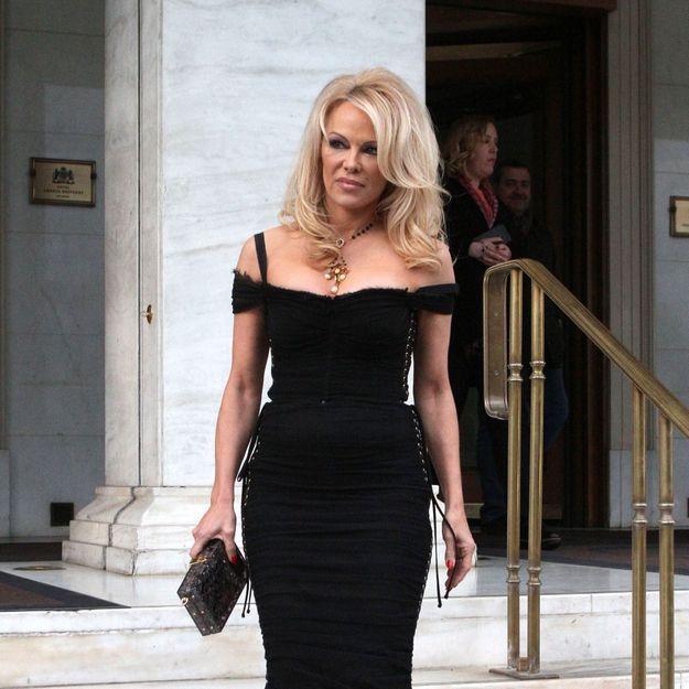 Pamela Anderson : son coup de gueule contre les dons récoltés pour Notre-Dame de Paris