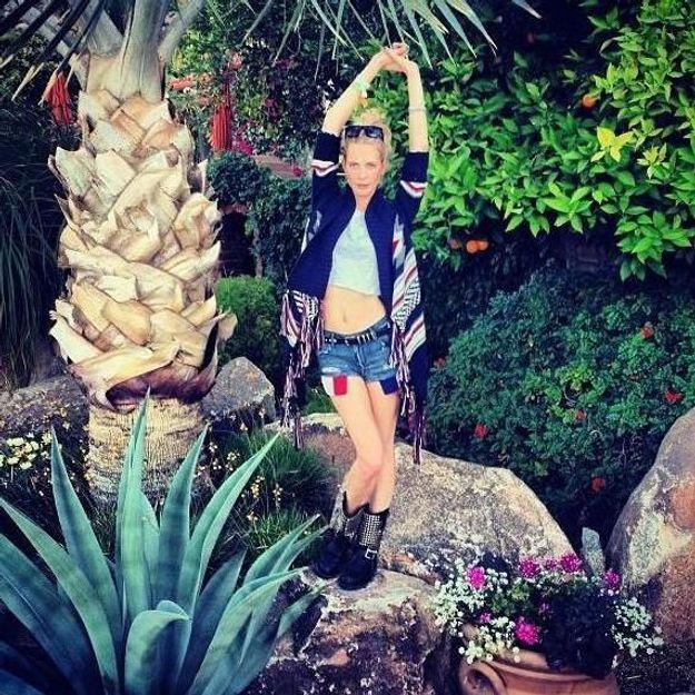 Poppy Delevingne, enterre sa vie de jeune fille à Coachella