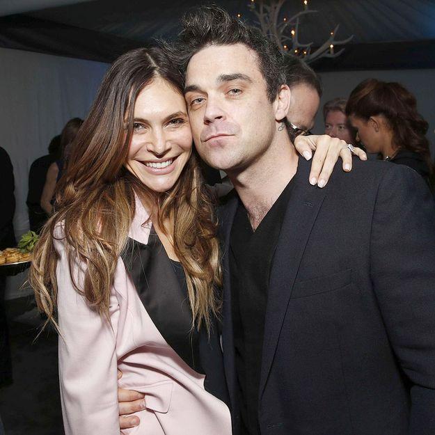Pour accoucher, la femme de Robbie Williams chausse ses Louboutin
