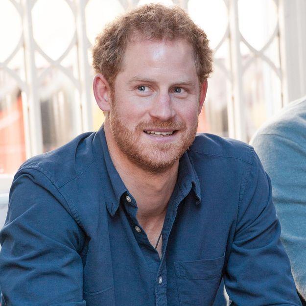 Prince Harry en couple avec Meghan Markle : Kensington Palace officialise l'union !