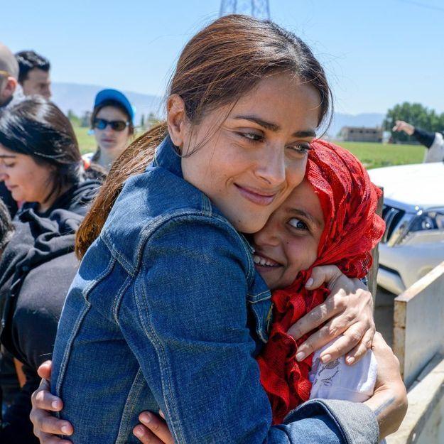 Salma Hayek se rend au Liban pour les réfugiés syriens