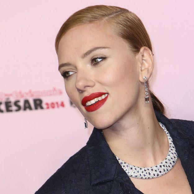 Scarlett Johansson nous explique comment réussir une scène de sexe