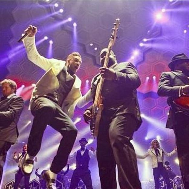 Un fan de Justin Timberlake fait sa demande en plein concert