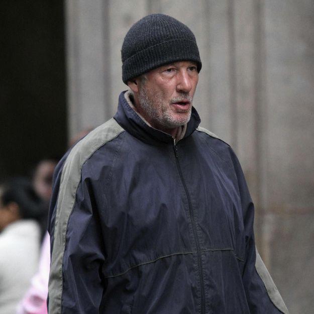 Richard Gere pris par un sans-abri par une touriste française