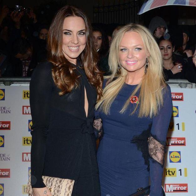 """Vidéo : les Spice Girls réunies sur scène chantent """"2 become 1"""""""