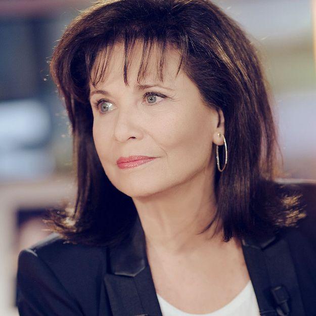 Anne Sinclair parle du «comportement stupide» de DSK