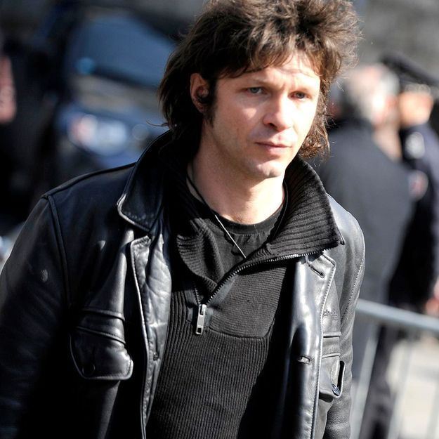 bertrand cantat porte plainte pour diffamation elle. Black Bedroom Furniture Sets. Home Design Ideas
