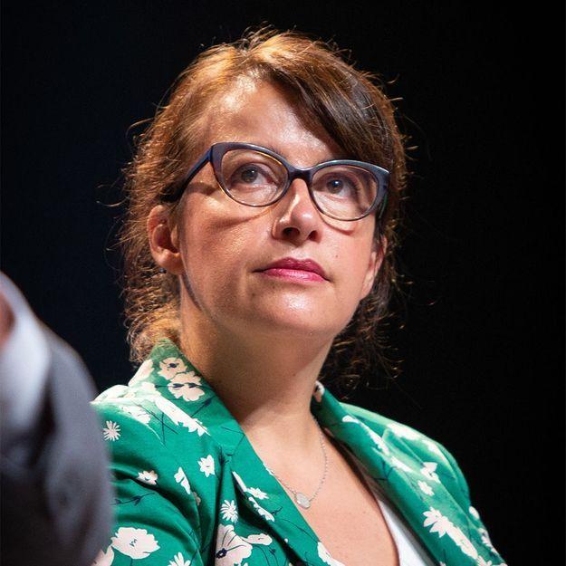 Cécile Dufflot quitte les réseaux sociaux : « Depuis trois ans un homme me harcèle par différents moyens »