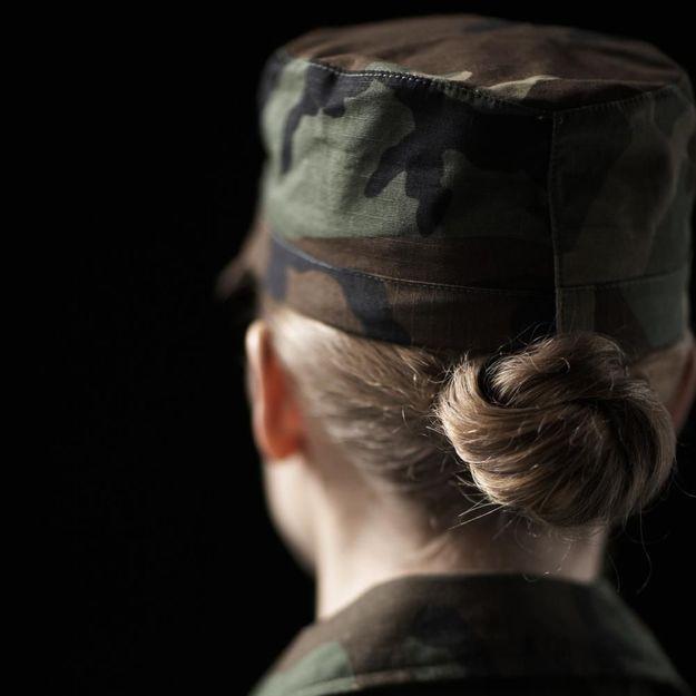 La militaire filmée nue à son insu a « peur de revenir »