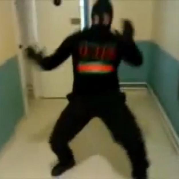 Les détenus d'une prison française filment leur Harlem Shake