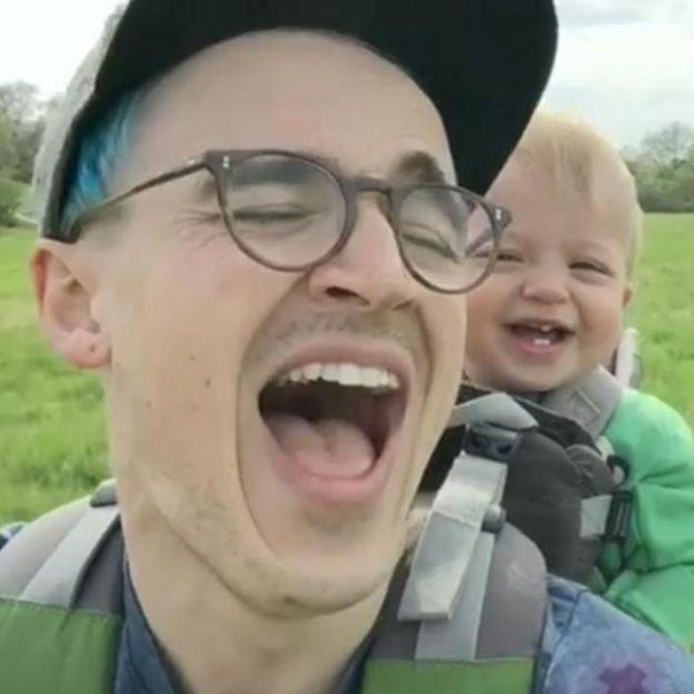 #Prêtàliker : quand un père provoque le fou rire de son fils de 13 mois