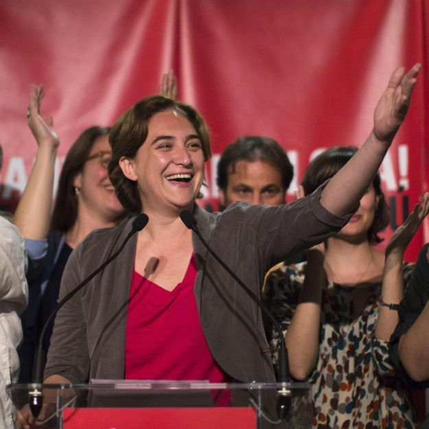 Qui est Ada Colau, la nouvelle maire de Barcelone ?
