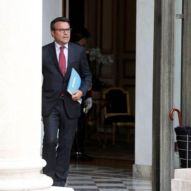 Thomas Thévenoud reste député, mais son épouse est congédiée