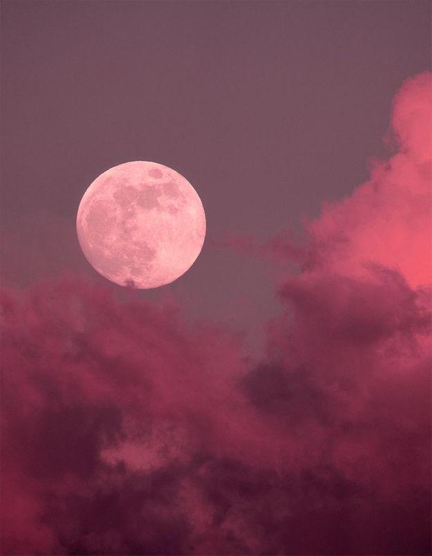 Que signifie la pleine lune d'avril, la lune rose ?
