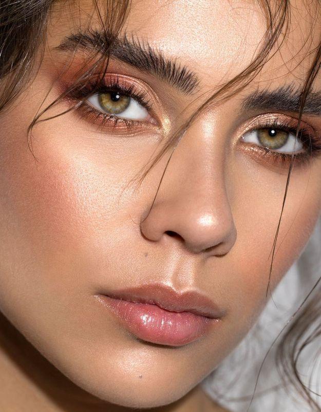 4 astuces pour rendre son épilation des sourcils moins douloureuse