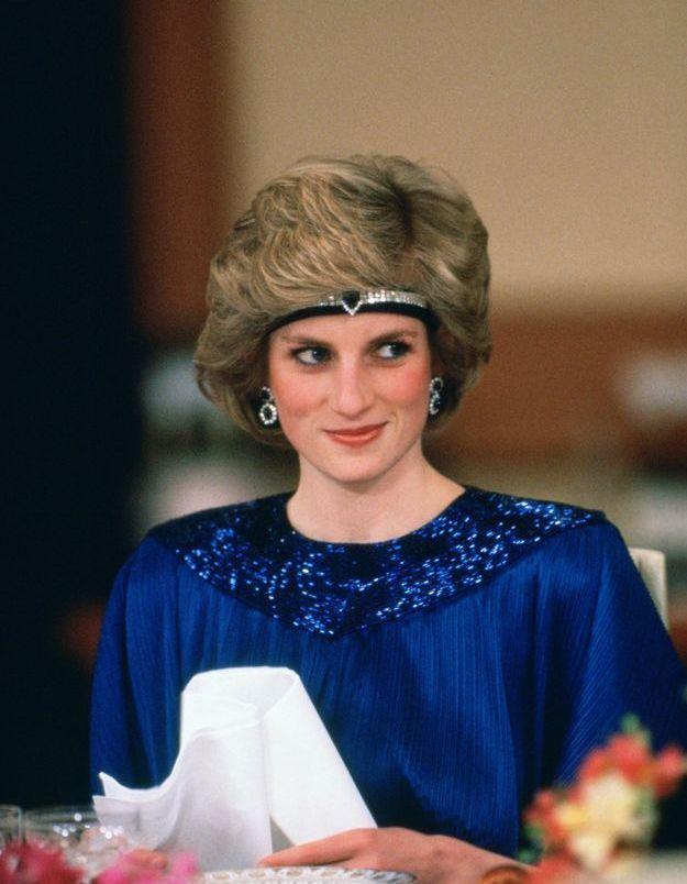 Lady Di et ses bijoux de tête : son headband