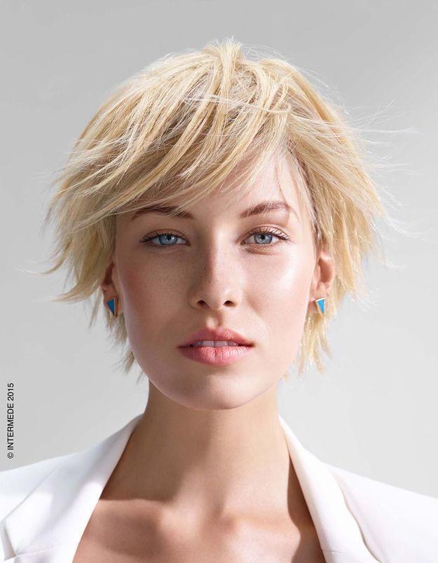 Modèle coupe de cheveux Intermède collection printemps-été 2015
