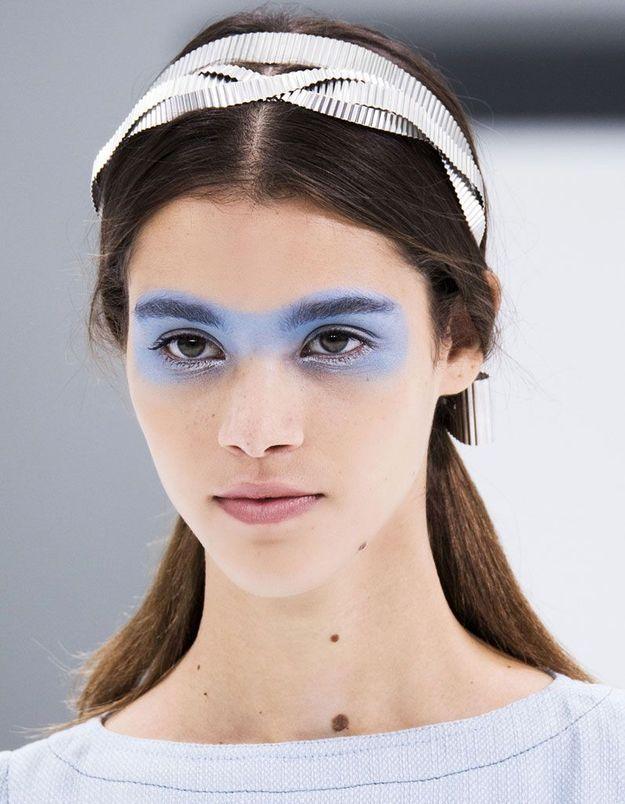 Bandeau cheveux couture - 20 coiffures avec un bandeau qui donnent du style  - Elle 2657e83f1b1