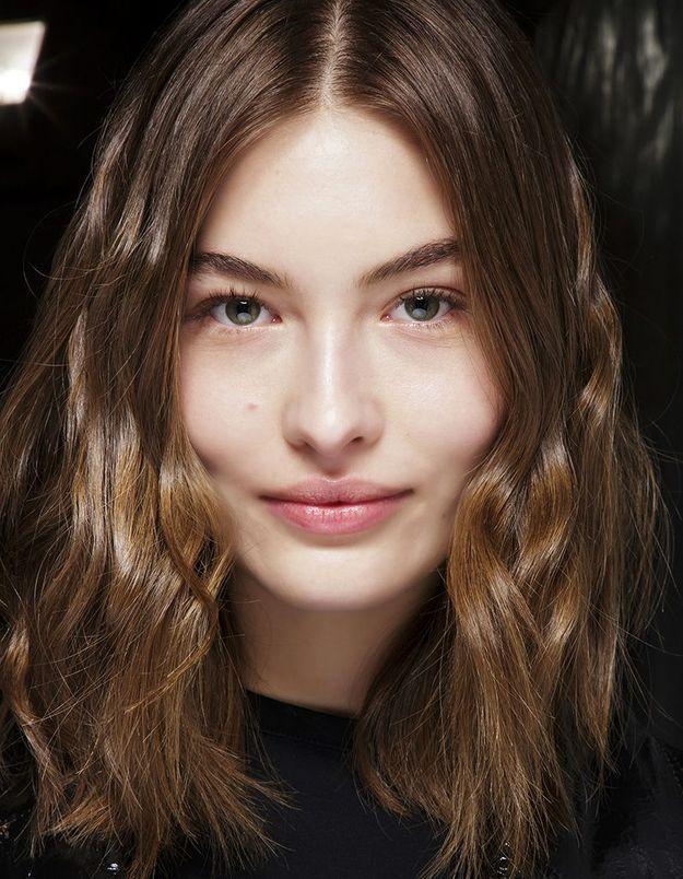 Coiffure automne-hiver 2018-2019 : les cheveux wild