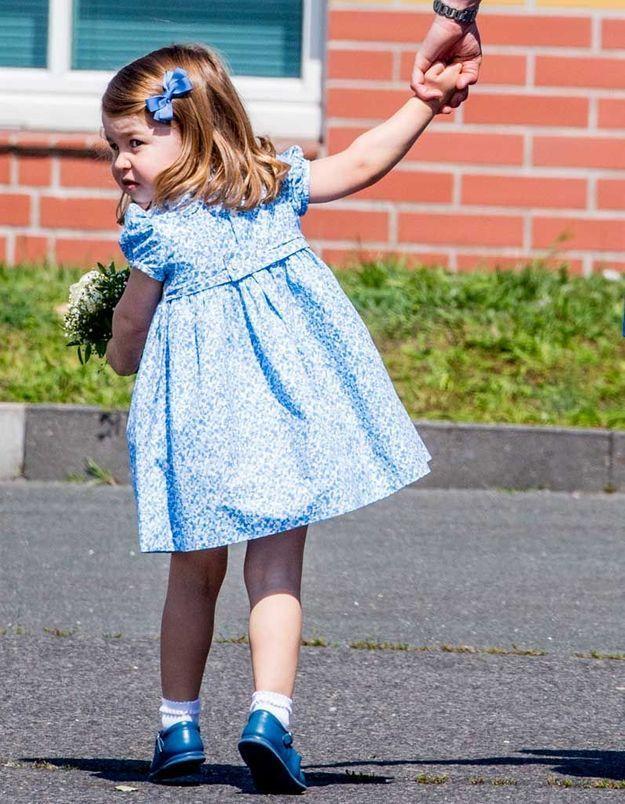 Le noeud dans les cheveux de la princesse Charlotte