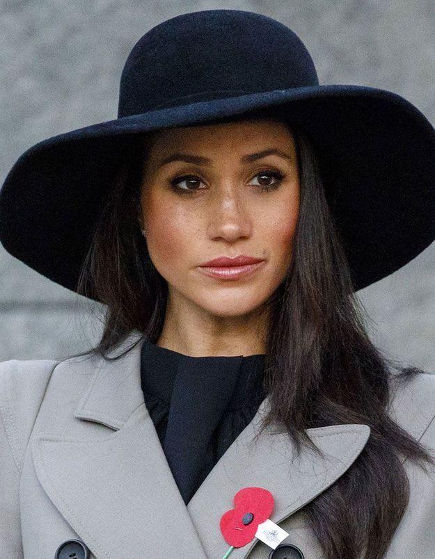 Le chapeau façon capeline de Meghan Markle