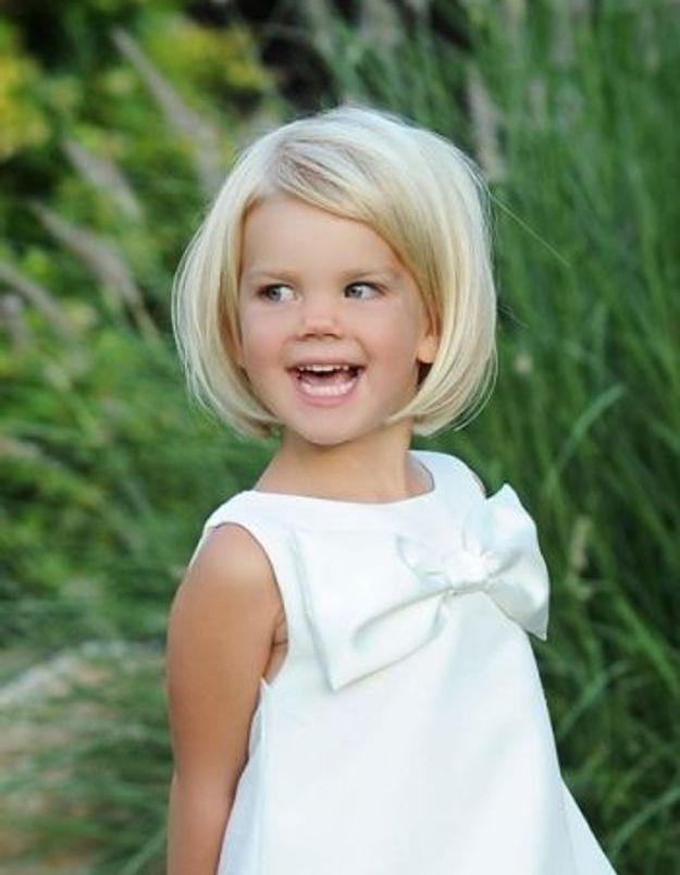 coiffure petite fille carr 40 coiffures de petite fille qui changent des couettes elle. Black Bedroom Furniture Sets. Home Design Ideas